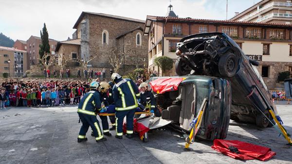 arrigo_bomberos_accidente_simulacro_coche