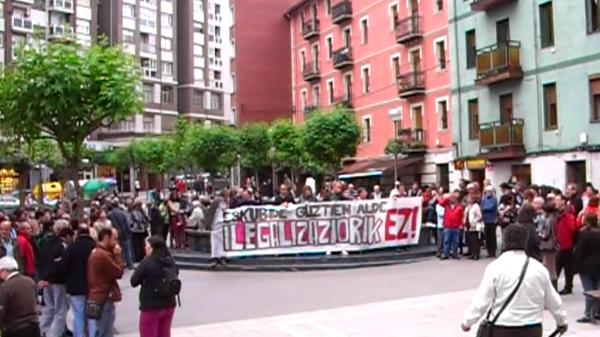 basauri_bildu_concentracion_benta_mayo_2011