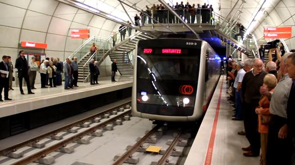 basauri_metro_llegada_parada_basauri
