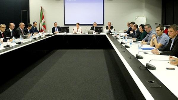 basauri_edesa_andoni_busquet_reunion_gobierno_vasco_fagor_2013