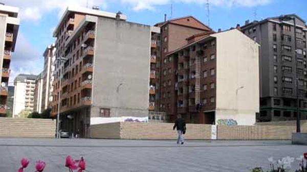galdakao_iturrondo_plaza_02_2011