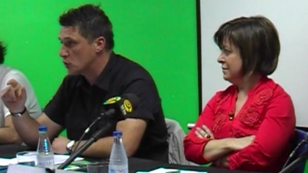basauri_elecciones_2011_debate_andoni_busquet_loly_de_juan_2