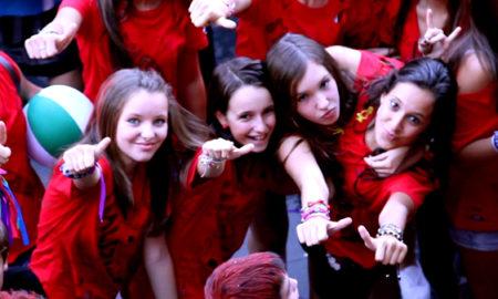 galdakao_fiestas_neskak_gorriz_gazteak_2011