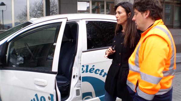 basauri_brigada_coche_electrico_abril_2012
