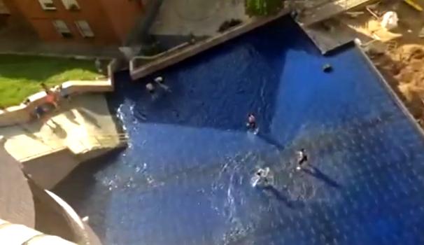 basauri_kalero_piscina_plaza_2014