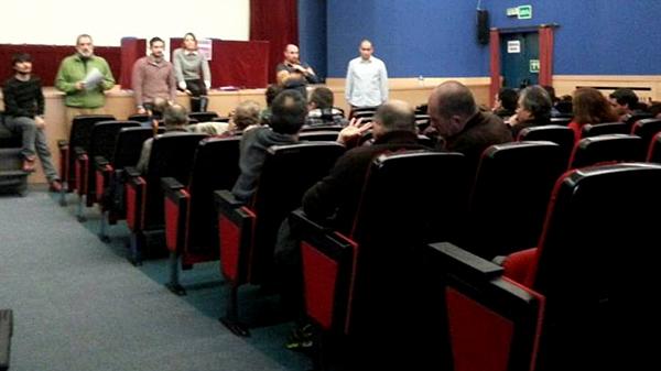 basauri_podemos_2015_asamblea_ibaigane_publico