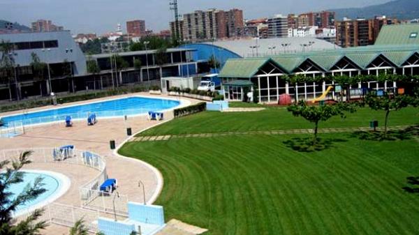 basauri artunduaga piscina cesped exterior 2010