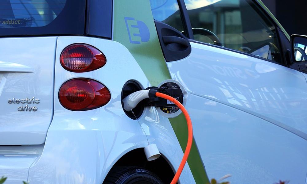 punto recarga electrica coche